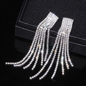 Spectacular CZ long tassle earrings NIP